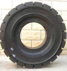 貴州叉車輪胎價格