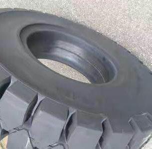 貴陽叉車輪胎鋼圈公司