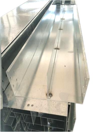热镀锌喷塑电缆桥架