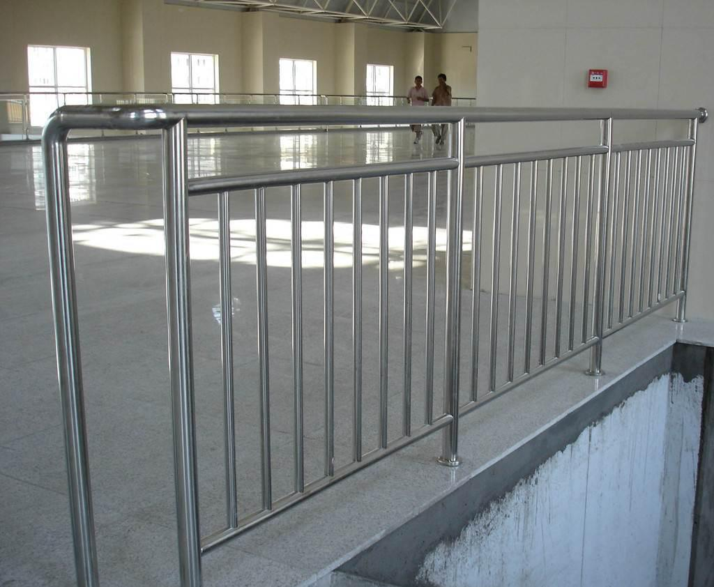 河南不锈钢护栏公司哪家好