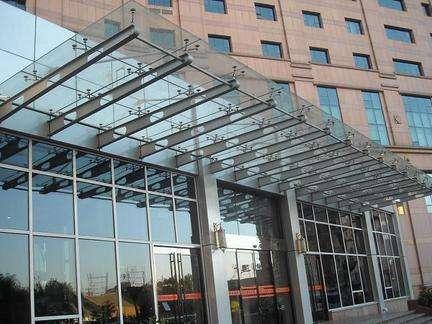 阳台玻璃雨棚