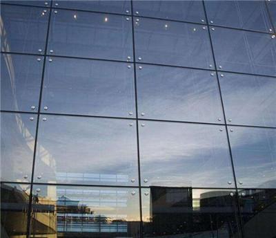 郑州玻璃幕墙安装公司