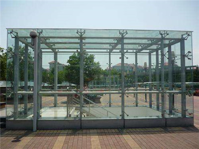 河南玻璃雨棚安装厂家