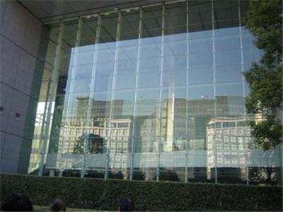 郑州玻璃幕墙装饰公司