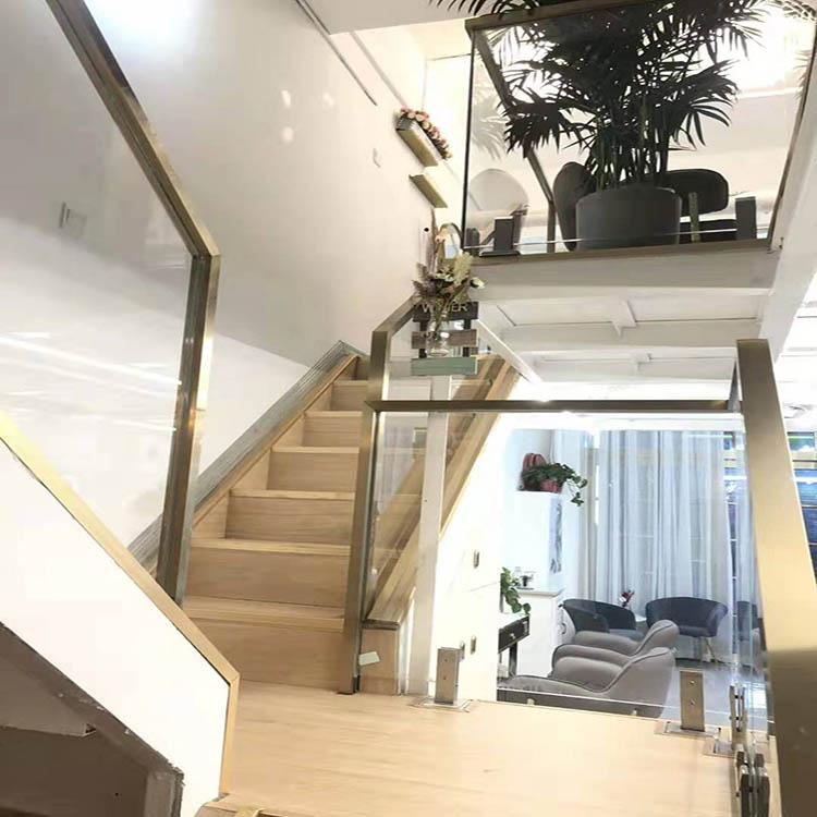 楼梯栏杆玻璃扶手