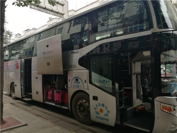 四川成都大巴车租赁