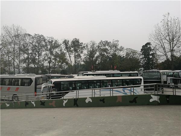 四川成都市旅游车租赁