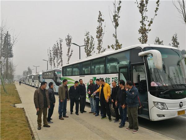 四川成都旅游车租赁