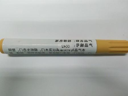 上海木门修补蜡笔