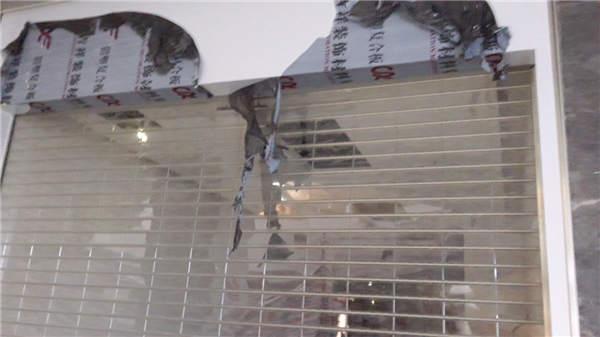 成都安装商场水晶卷帘门