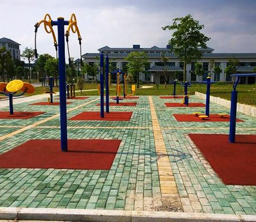 室外公园健身设施