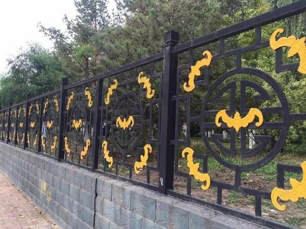 贵阳锌钢栏杆厂家