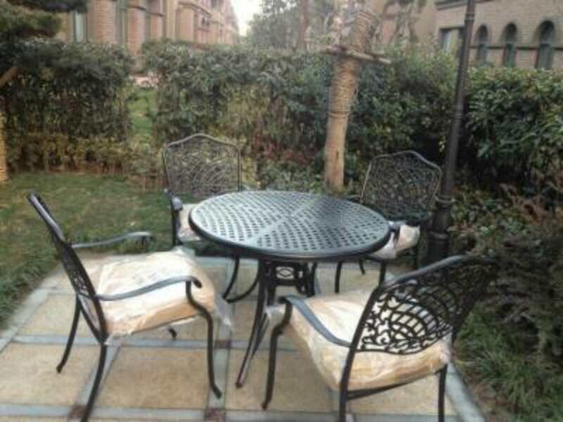 室外休闲桌椅