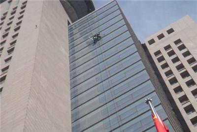 郑州玻璃幕墙安装厂家