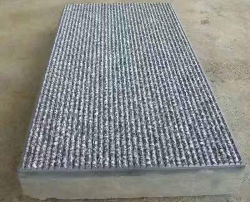 凹槽条纹石