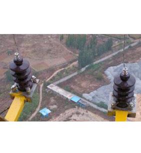 高壓接線端子