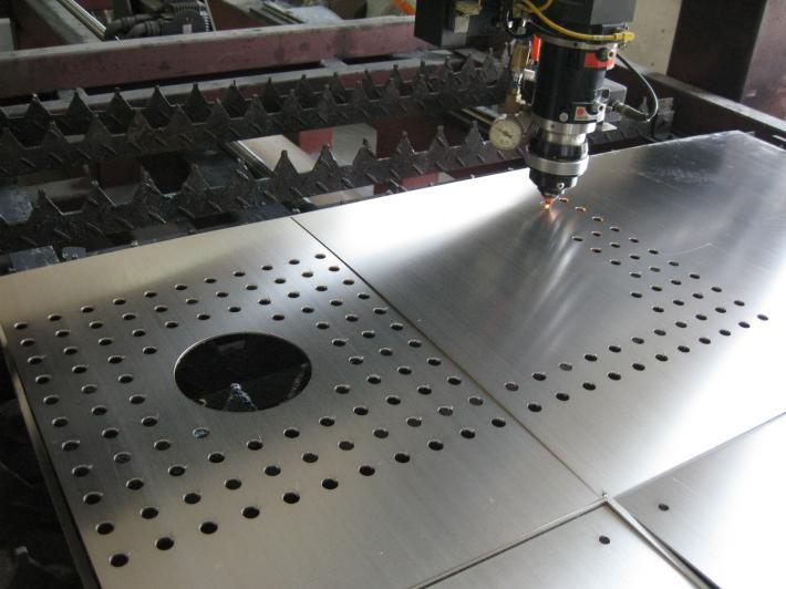 金屬激光切割