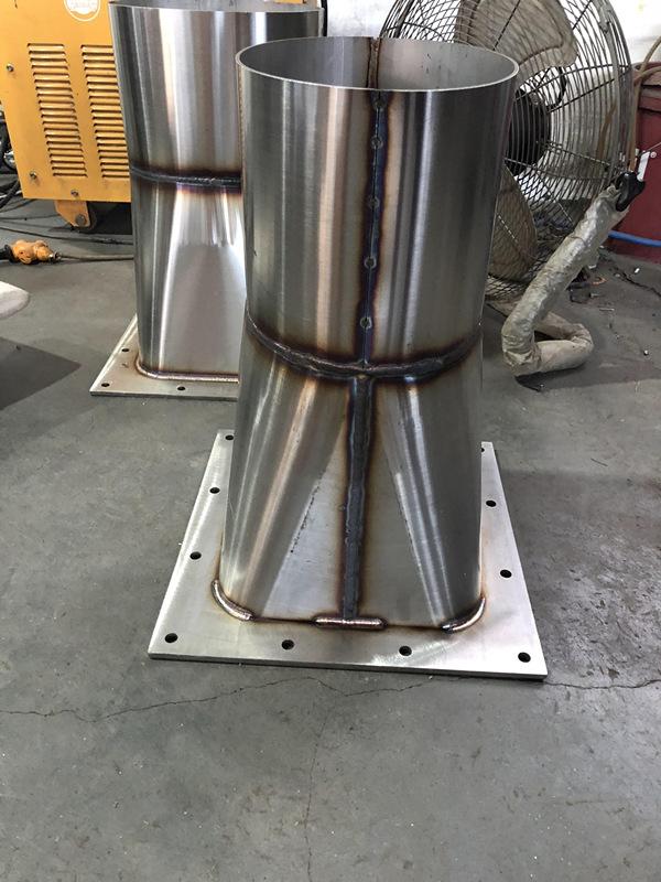 不锈钢欧洲杯天圆地方焊接