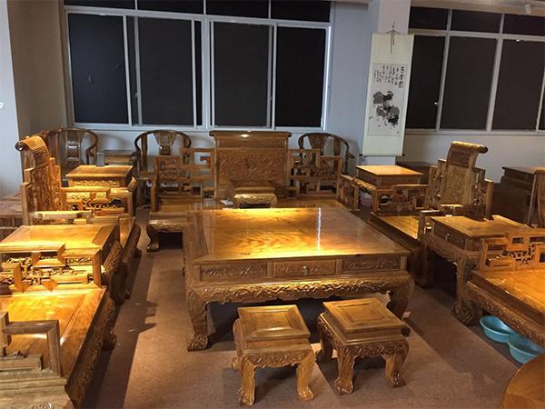 温江金丝楠木家具厂