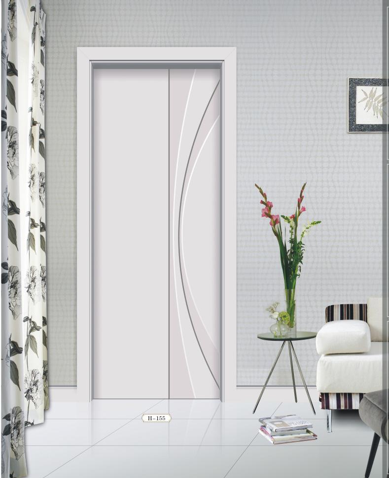 白色套装门