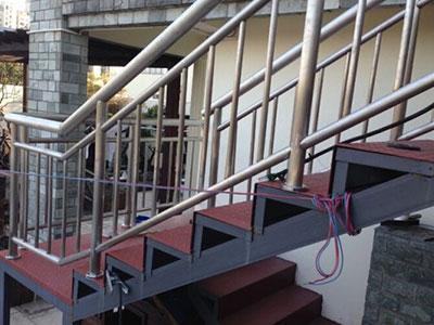 石家庄钢结构楼梯