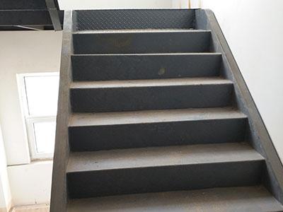 河北钢结构楼梯价格