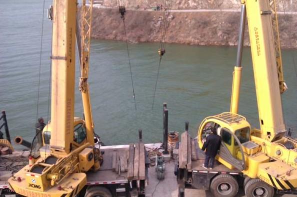 江苏镇江水下打捞电话是多少|水下打捞|盐城水下打捞施工队