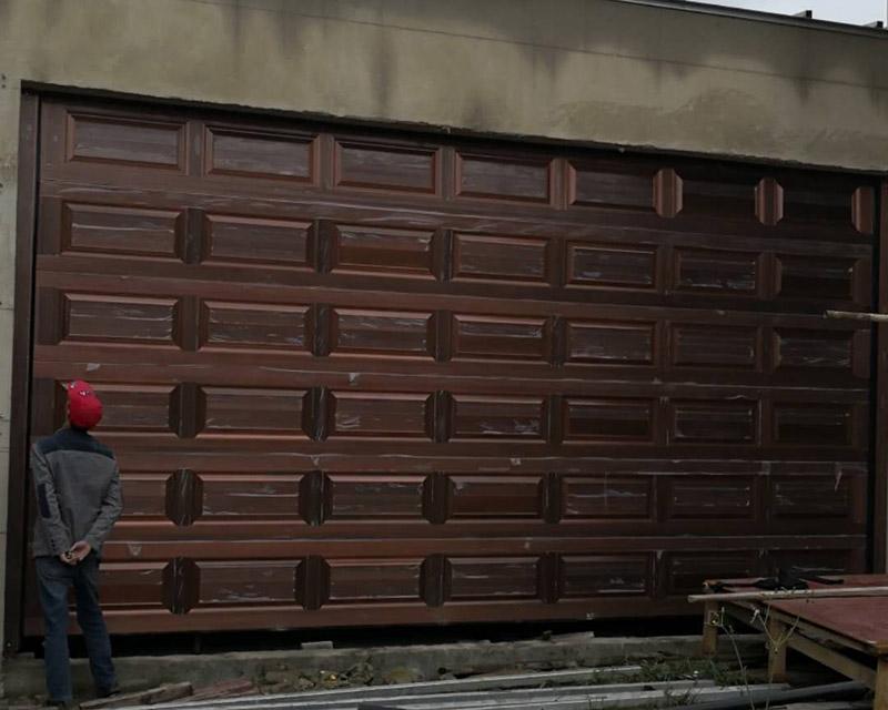 車庫門安裝