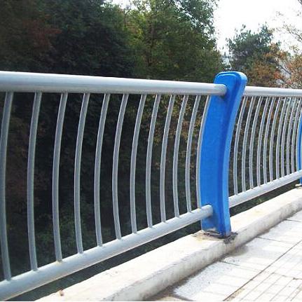 贵州桥梁护栏安装工程