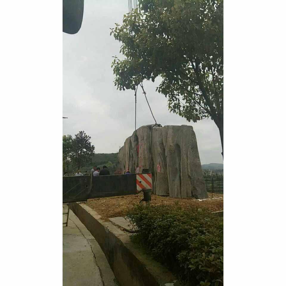 贵州吊车吊装租赁
