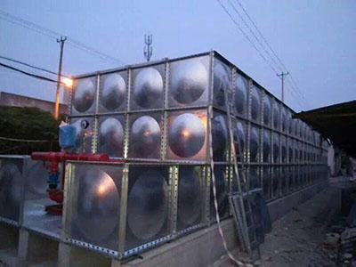 无焊接不锈钢水箱