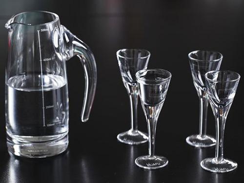 贵阳玻璃酒杯