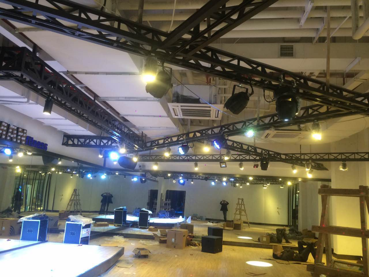 貴州舞台燈光音響工程
