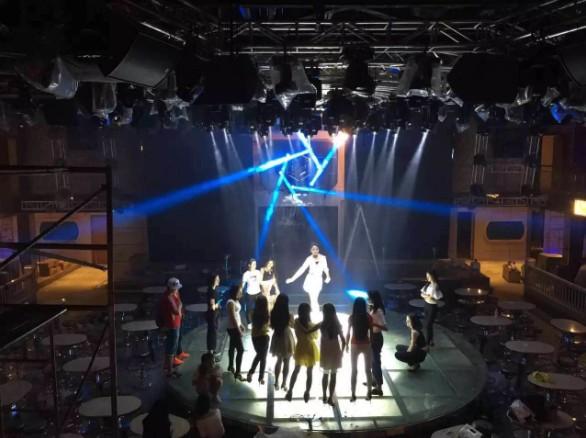 舞台灯光音响