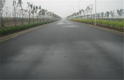 四川沥青混凝土摊铺施工