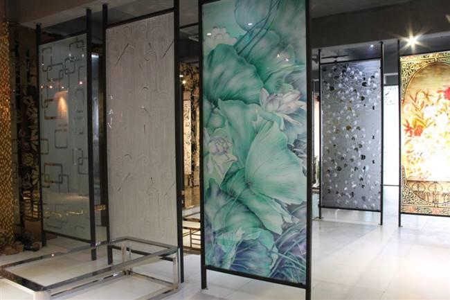艺术玻璃隔断设计