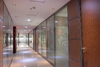 雄县不锈钢玻璃隔断厂家