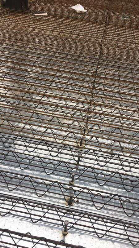 楼承板铺设