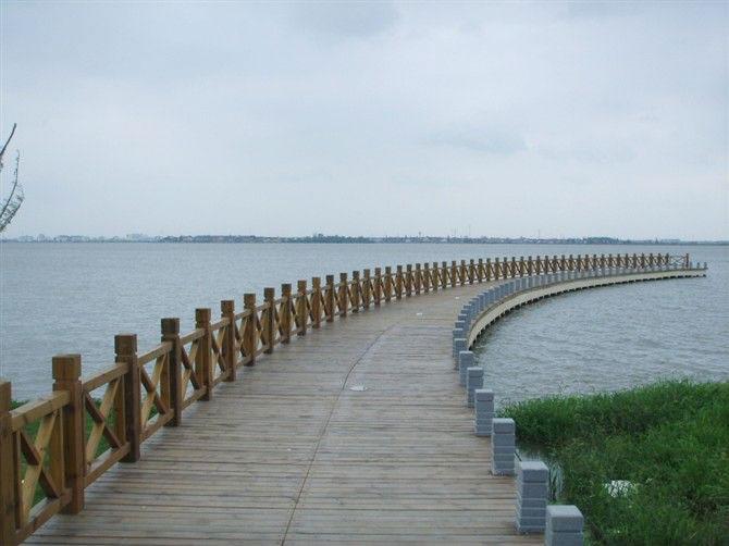 六盘水防腐木护栏