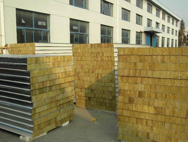 黄石岩棉彩钢板