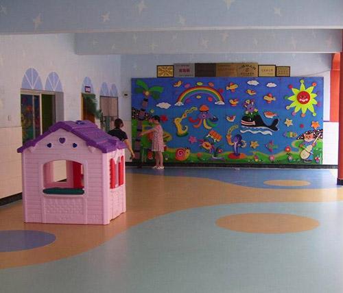 貴州幼兒園地板安裝工程