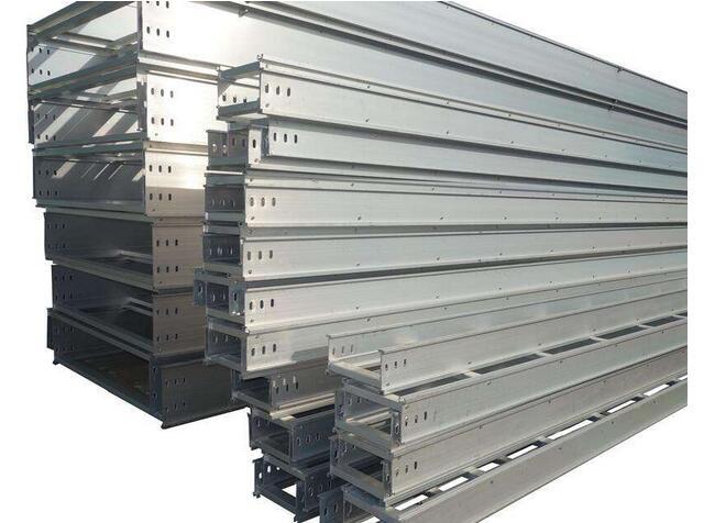 【厂家】武汉电缆桥架的五大分类介绍 电缆桥架设计与安装要求有哪些