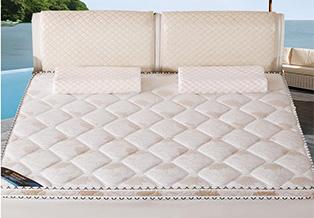 弹簧软床垫