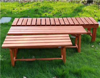 防腐木长椅
