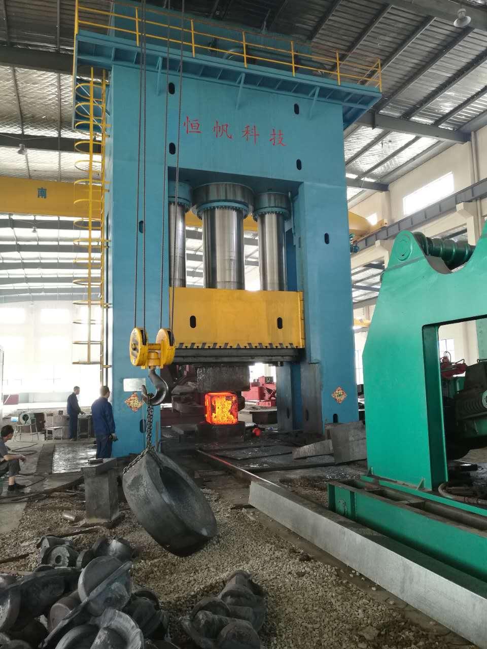 上海万吨模锻液压机