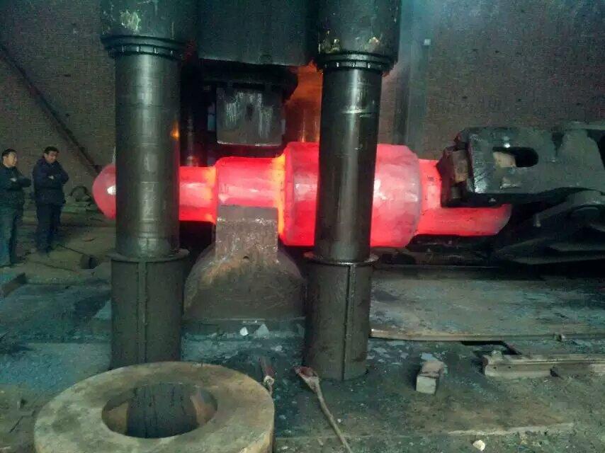 4000吨自由锻液压机