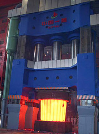 盐城巨型模锻液压机