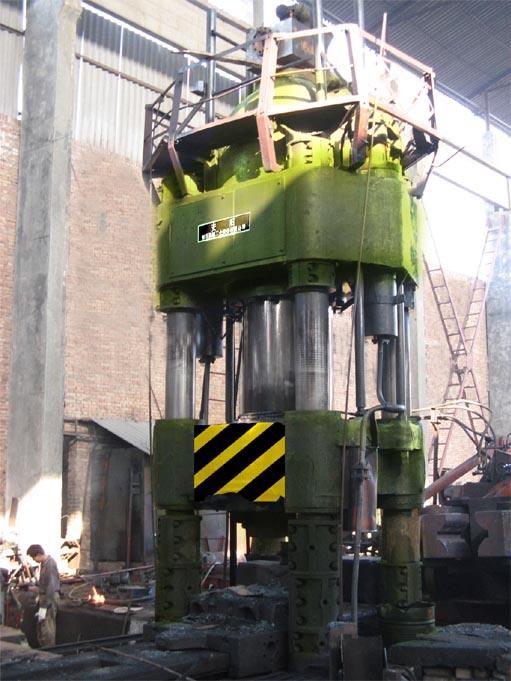 8000吨锻造液压机