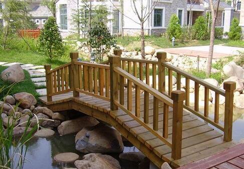 黔西防腐木木桥