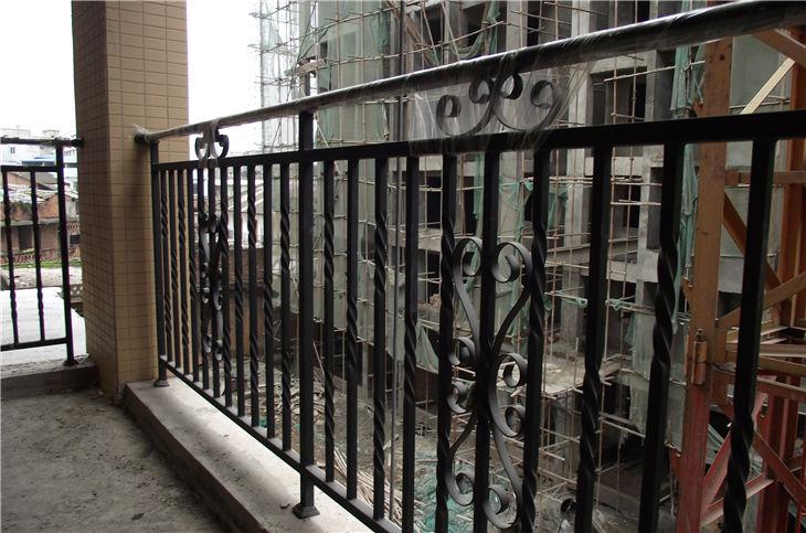 四川锌钢阳台栏杆